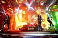 La banda de rock Kiss, en vivo