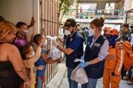Entrega de ayudas de la Alcaldía de Barranquilla.