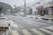 Fuerte aguacero genera emergencias en Barranquilla y Soledad.