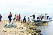 Armada Ncaional entrega ayudas a habitantes de la isla Tintipàn