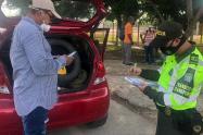 Los automotores fueron inmovilizados y a los conductores se les impuso a cada uno multa de $438 mil pesos