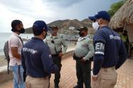 Policía, Migración, Santa Marta, Magdalena, Hostal