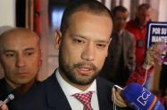 Abogado de Diego Cadena dijo que las pruebas de la Fiscalía no son suficientes ni siquiera para haberle imputado cargos.