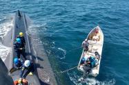 Los pescadores sufrieron una avería en uno de los motores de su embarcación mientras estaban en su faena de pesca artesanal