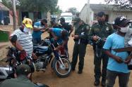 La Policía del Atlántico realizó una campaña para prevenir hurto a motos.
