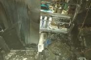 El incendio se registró en el cuarto de sonido.