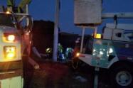 La empresa Air-e trabaja desde la  anoche anterior para restablecer la energía en varios barrios de Santa Marta