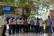 """""""Asociatividad entre pequeños productores de leche, estrategia para avanzar"""": Viceministro Botero"""