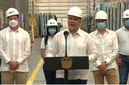 El presidente visitó las instalaciones de Tecnoglass