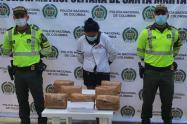 A la mujer la sorprendieron con aproximadamente 8 kilos de drogas