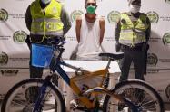 El sujeto pretendía robar una bicicleta