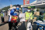 Se retaron a los ciclistas en pruebas de habilidades y destrezas en la conducción de bicicletas