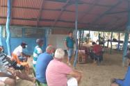 Jornada de sensibilización y educación ambiental con los pescadores de playa cristal