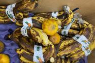 Frutas en mal estado fueron halladas en comedores escolares