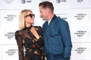 Paris Hilton y Carter Reum están comprometidos.