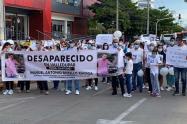 Habitantes del municipio, realizaron una caminata por desaparición del comerciante