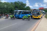 Buseteros levantan bloqueos Barranquilla tras acuerdos con autoridades
