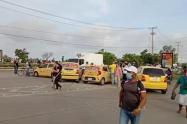 Pese a que no hubo acuerdo con el alcalde de Cartagena, taxistas levantaron paro que duró seis horas
