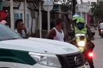 Autoridades sacaron del municipio un camión que pretendía surtir de cerveza a la población