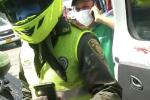 Videos evidencian enfrentamiento entre paramédicos y policías.