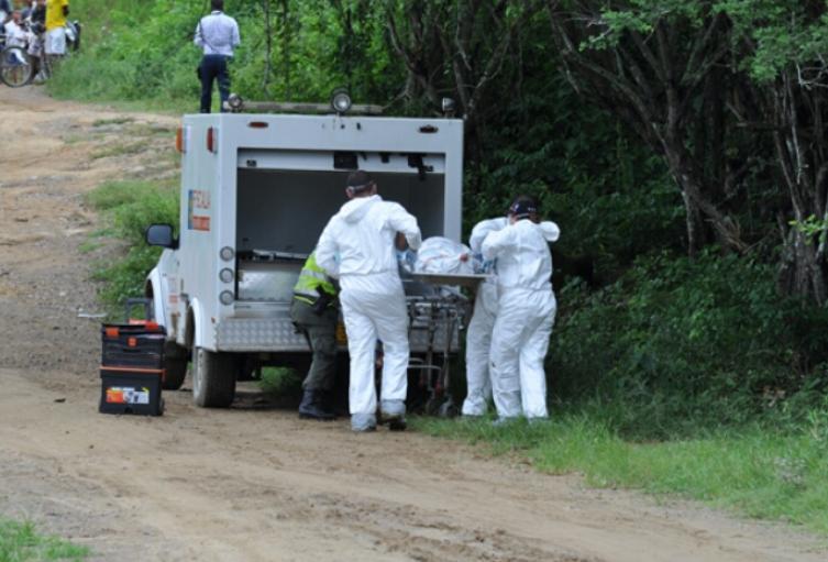 Exhuman cadáver de un joven asesinado en Copacabana, Antioquia - Alerta Paisa