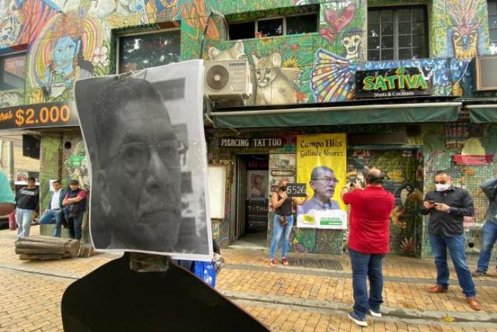 Con un plantón, rindieron un homenaje al historiador Campo Elías Galindo    Alerta Paisa