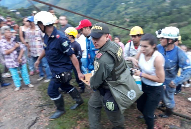 Foto referencial rescate mineros en Antioquia