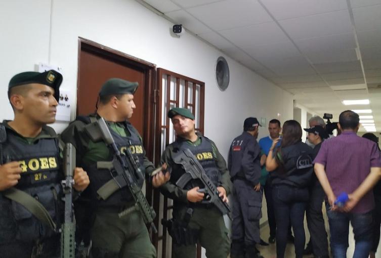 Audiencia contra Juan Valderrama