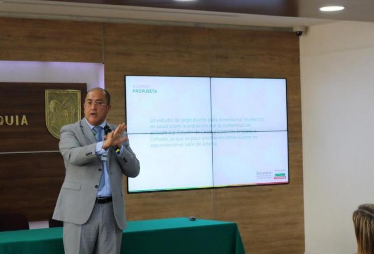 El Secretario de Salud de Antioquia acusó al Alcalde de Medellín de mentir con cifras de contaminación del aire