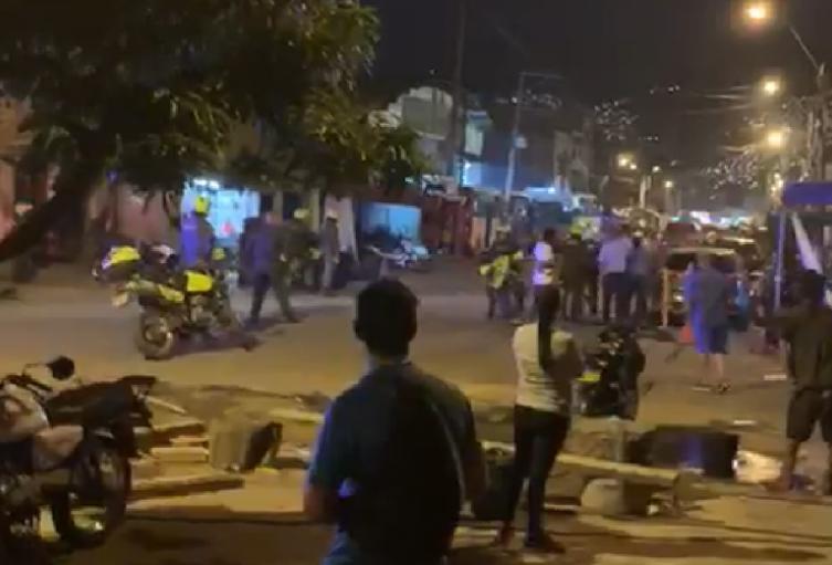 En asonada terminó operativo contra del microtráfico en el barrio Antioquia