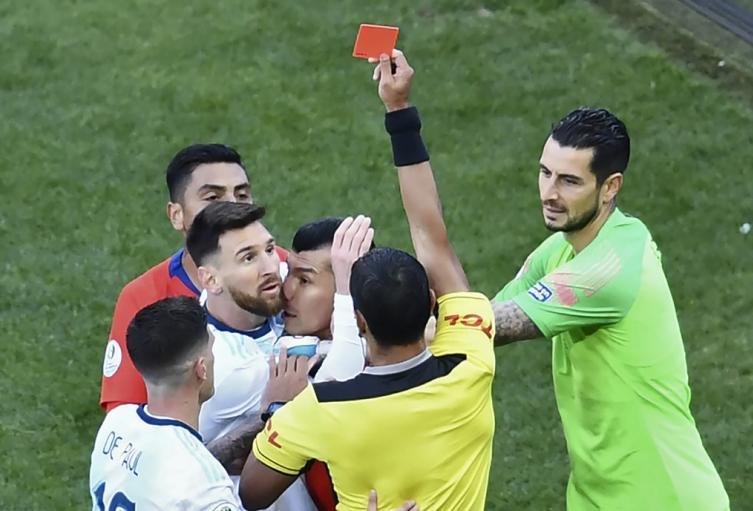 Expulsión de Lionel Messi - Copa América