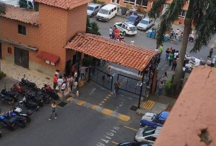 Dos muertos y dos heridos, entre ellos un niño, dejó balacera en Bello