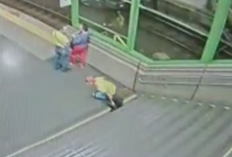 A  2 ascendió las  personas muertas en riña de Moravia, una de las víctimas falleció en el Metro