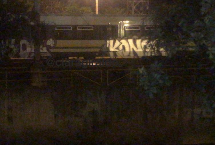 El vagón se encontraba estacionado entre las estaciones  Poblado y Aguacatala.