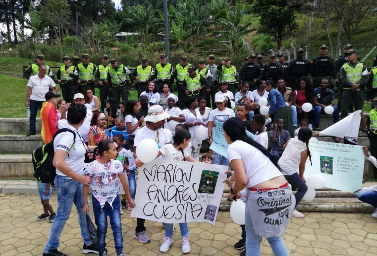 Marcha en Medellín por Marlon Andrés Cuesta, el niño de 5 años que está desaparecido