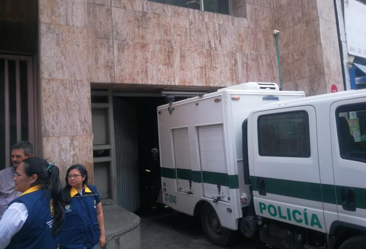Un hombre murió luego del desplome de un ascensor en el edificio de la Beneficencia del Valle del Cauca, ubicado en el centro de Cali.
