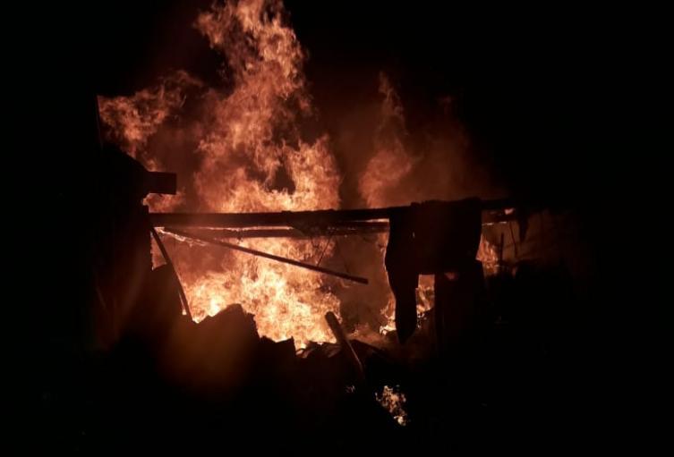 Explosión de un cilindro de gas generó incendio en Rionegro