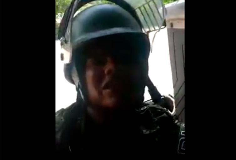 El soldado en Puerto Valdivia (Antioquia), en medio del cruce de balas con el ELN