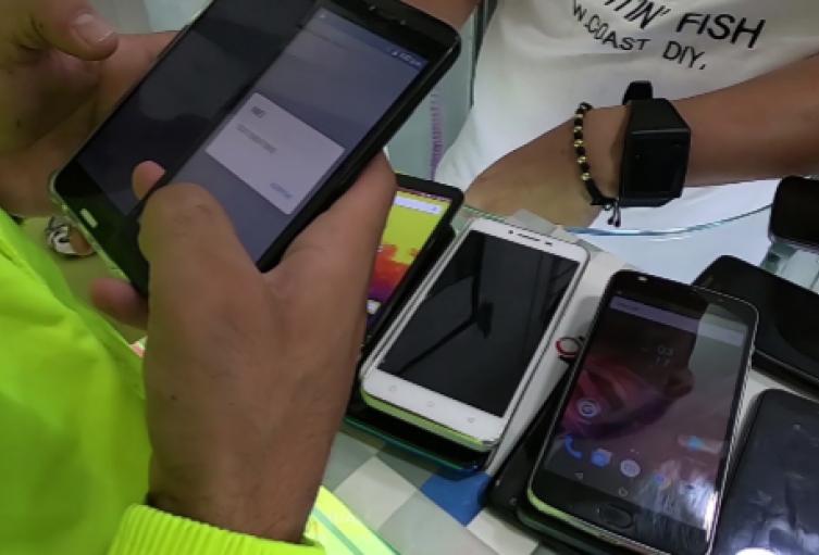 La policía recuperó 195 celulares robados en una semana en Medellín