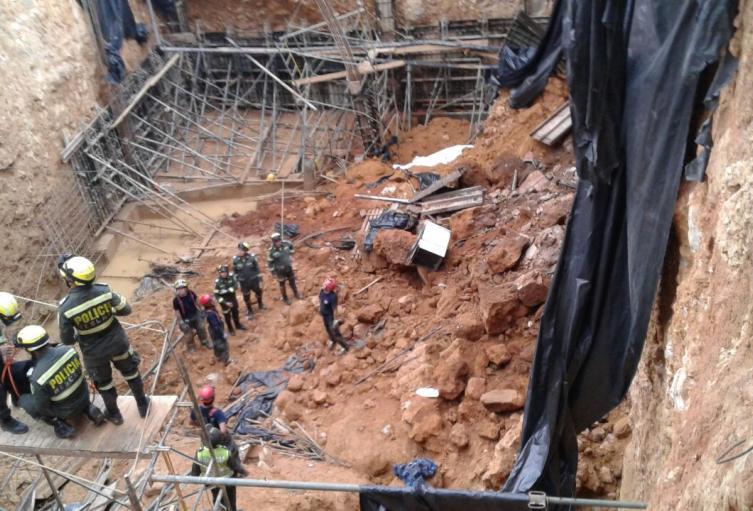 El hecho ocurrió cuando los trabajadores acondicionaban el terreno para la construcción.