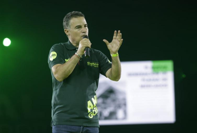 Aníbal Gaviria Correa.