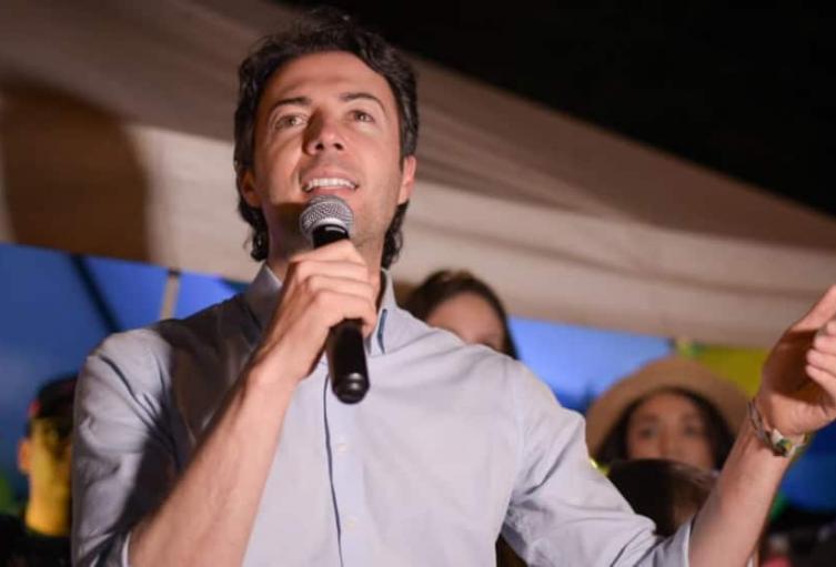 Alcalde electo de Medellín  propone una Constituyente