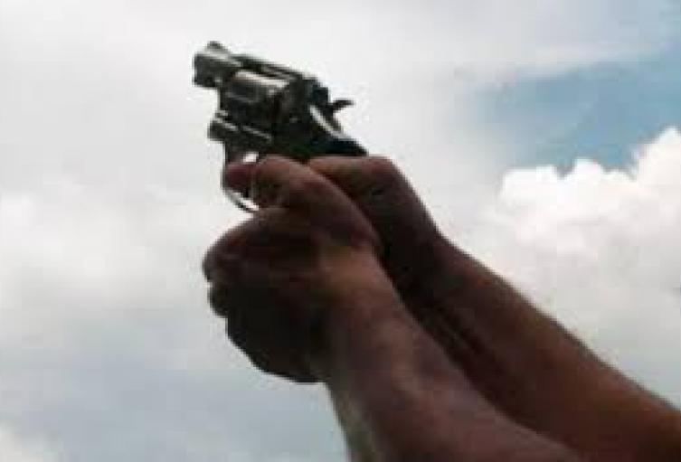 Esta persona fue capturada y el arma de fuego decomisada