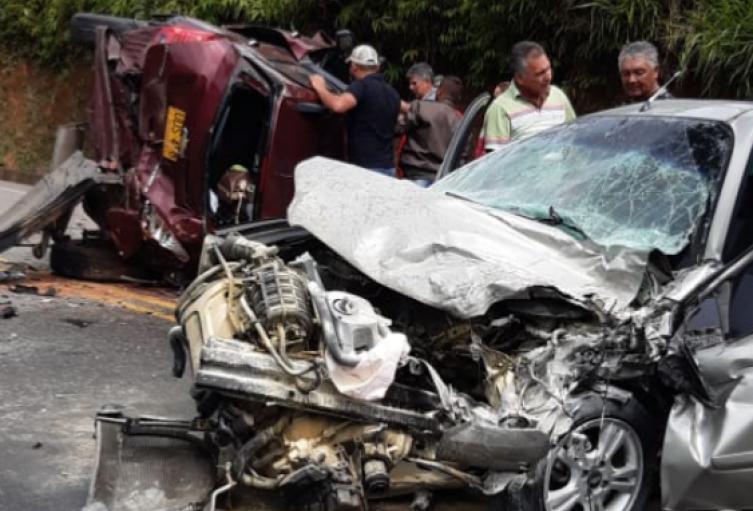 Dos personas lesionadas dejó grave accidente  en la vía Medellín Puerto Berrio, Antioquia