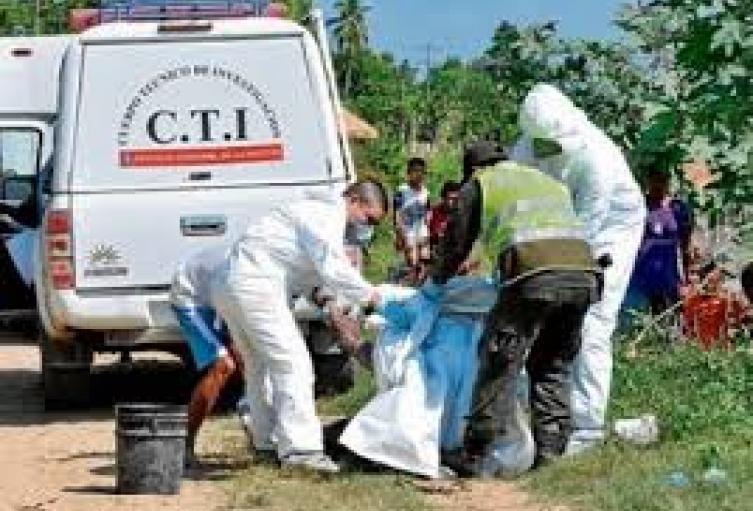 Con un impacto de bala en la cabeza, hallaron cadáver de un hombre en Bello