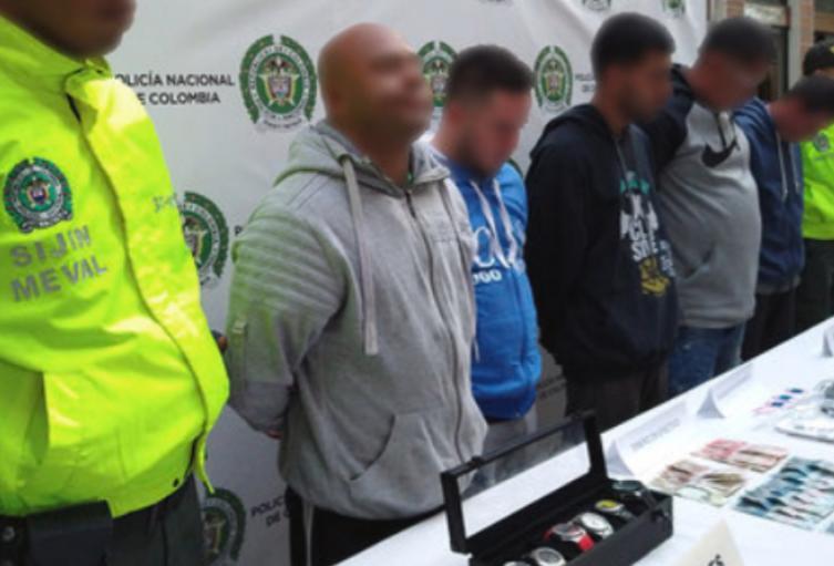 Son señalados de cobrar más de 900 millones de pesos y perpetrar homicidios en la zona nororiental de la capital antioqueña.
