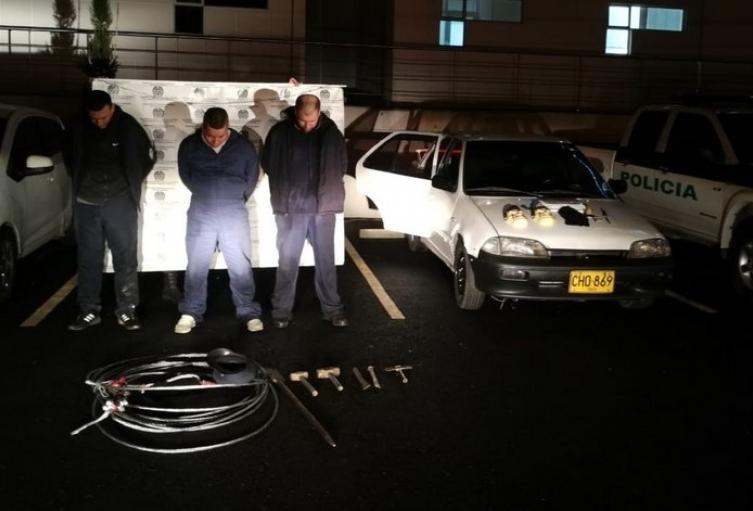 Los tres detenidos fueron sorprendidos en flagrancia