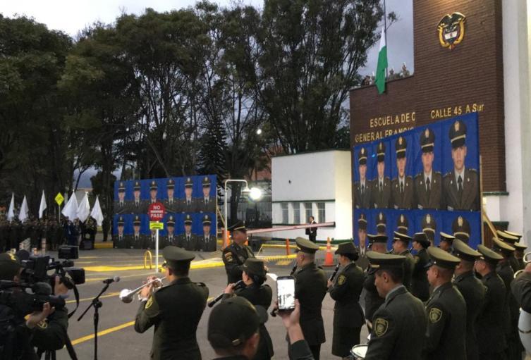 Homenaje atentado en escuela General Santander