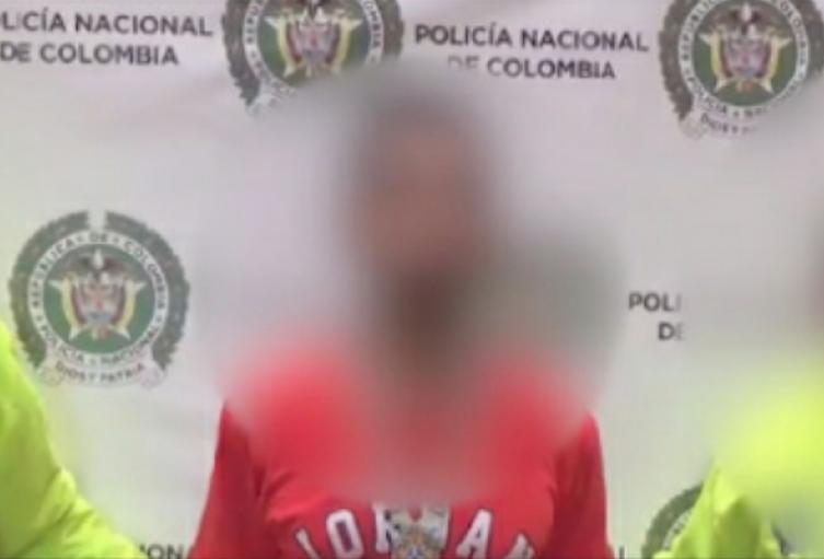 """Es señaldo de ser un presunto cabecilla de la banda criminal """"El Rosario"""", que delinquen en este municipio del Sur del Valle de Aburrá"""