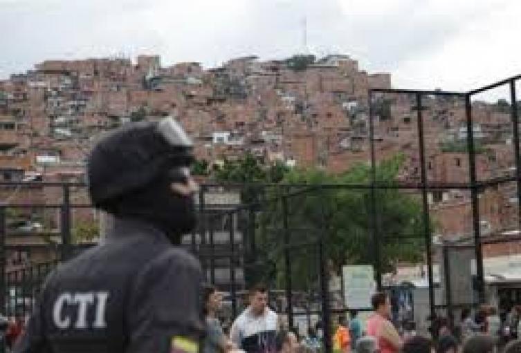 """Capturan a """"santiaguito"""" presunto jefe de sicarios de la banda la """"Agonia"""""""